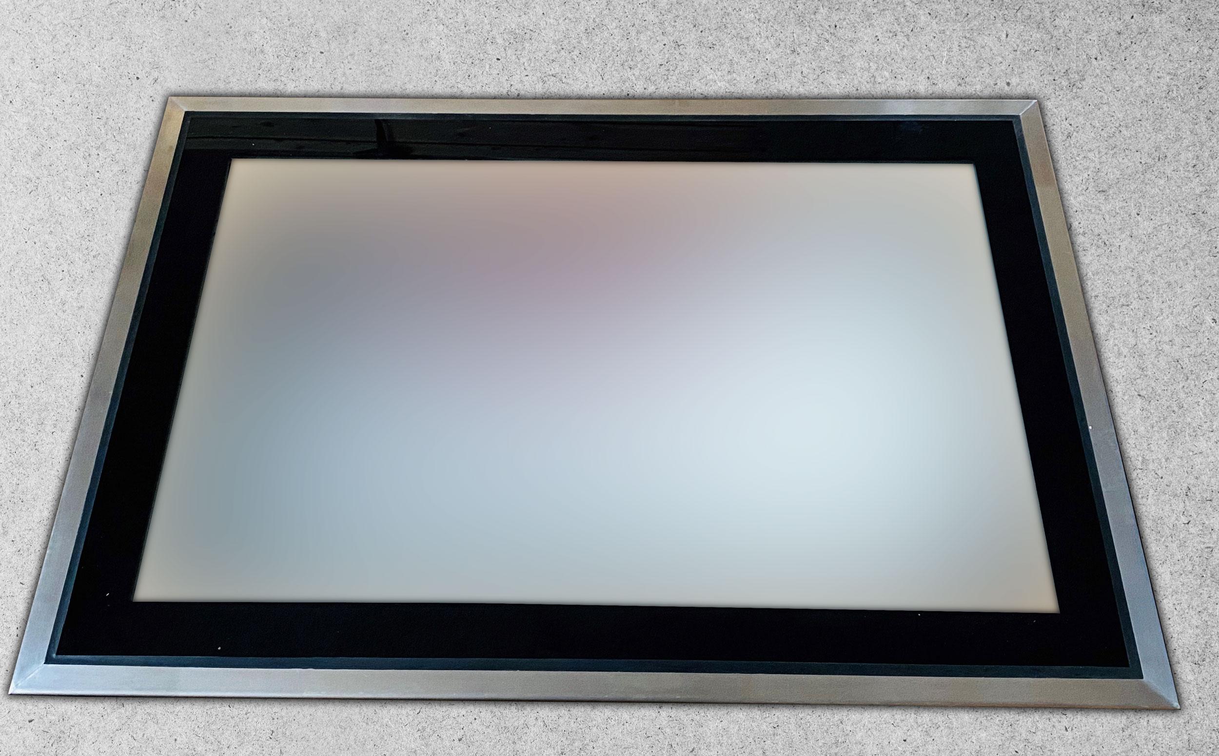 Glassfloor mit Priva-Lite im eingeschalteten Zustand